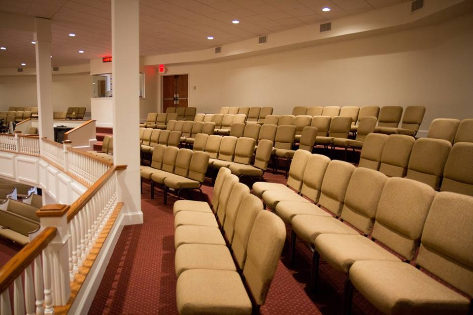 Pews or Chairs?