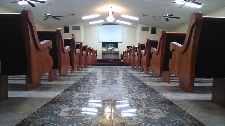 New Pews for Emmanuel Iglesia Bautista in Corpus Christi, TX