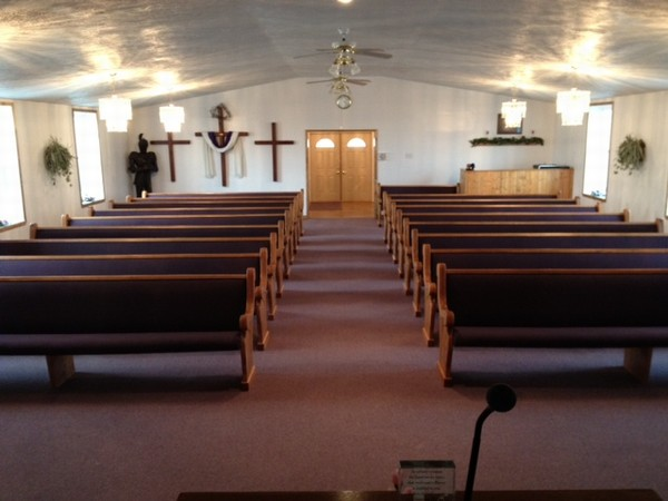 Church Pews: Colonial White or Stained Wood?