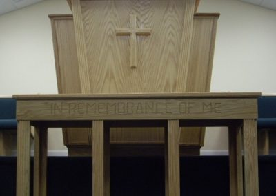 pulpit-boxed-table