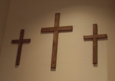 wooden_crosses