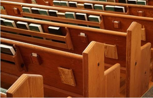 3 Most Common Styles of Church Pews